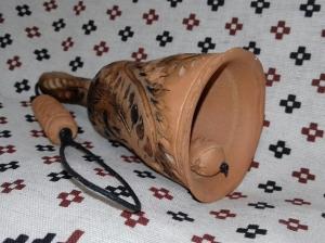 Колокольчик глиняный звонкий