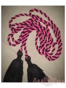Пояс кручёный чёрно-розовый с чёрными кистями, ~300 см