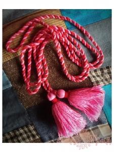 Пояс кручёный красно-розовый с розовыми кистями, ~300 см