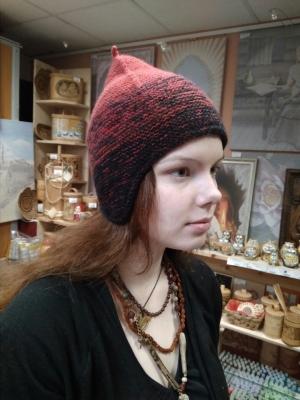 Вязаная шапка Славянская
