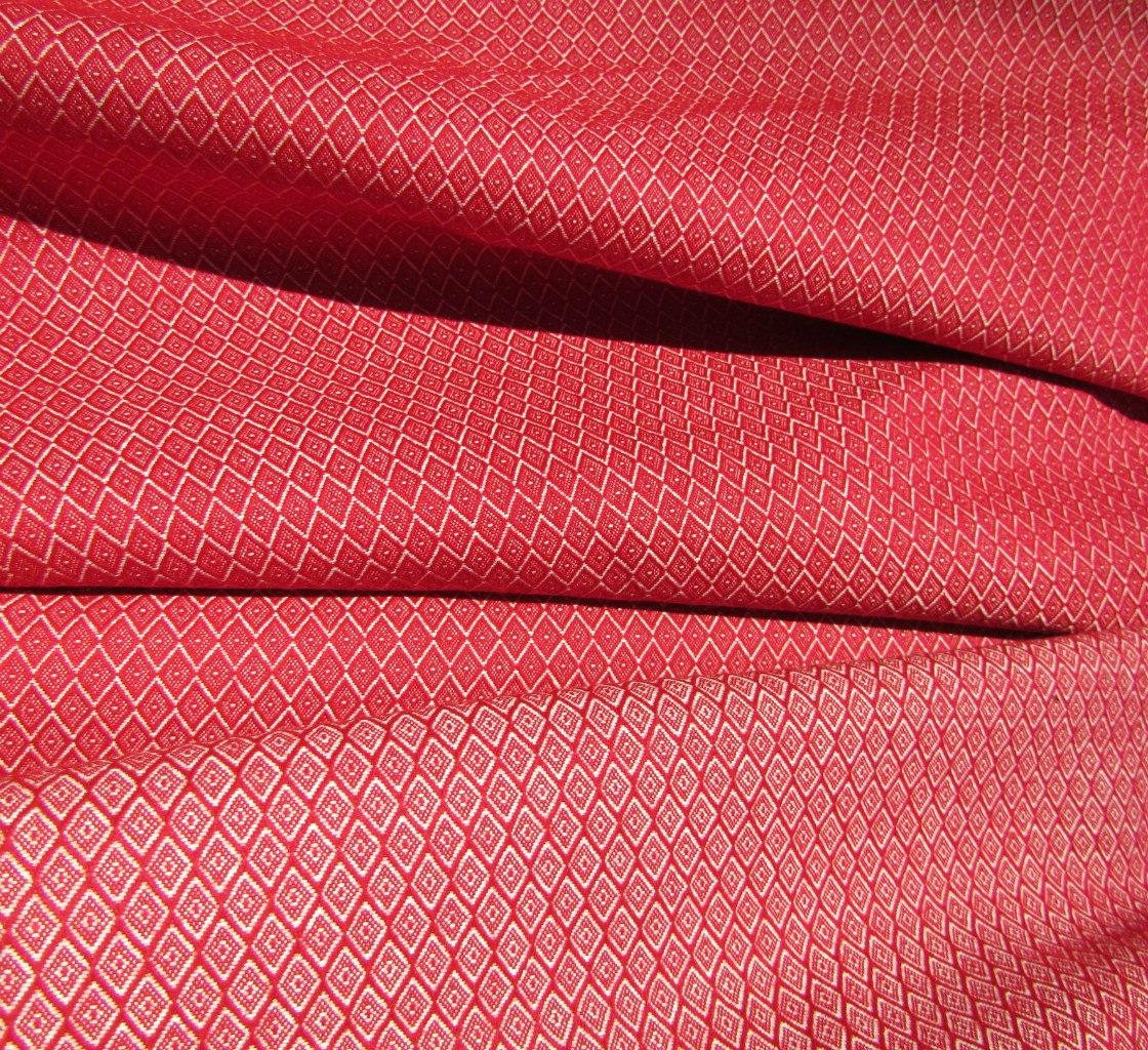 Ткань узорная Царская компаньон красная