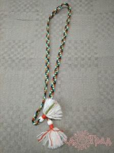 Пояс плетёный чёрно-красно-бело-зелёный с белыми кистями, 160/1,5 см_1