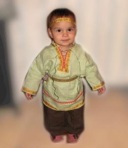 Рубаха на мальчика, св.зеленый лён, с отделкой
