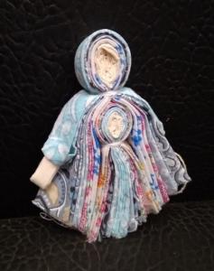 Куколка тканевая